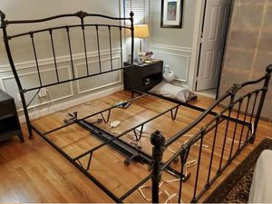 King metal size bed with 2 twin box springs for Sale in Woodbridge, VA