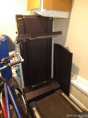Medium treadmill for Sale in Norfolk, VA