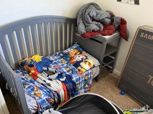 Infant crib to toddler bed 100obo for Sale in Sharon Hill, PA