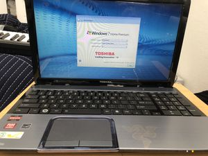 Toshiba satellite S855D-S5256 laptop for Sale in North Miami Beach, FL