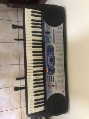 Casio piano keyboard w/ stand for Sale in Pomona, CA