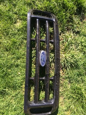 1999-2004 Ford F Series Stock Grill for Sale in Vancouver, WA