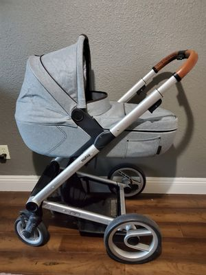 Mutsy IGO stroller, bassinet, maxi cosi car seat plus adapters for Sale in Citrus Heights, CA