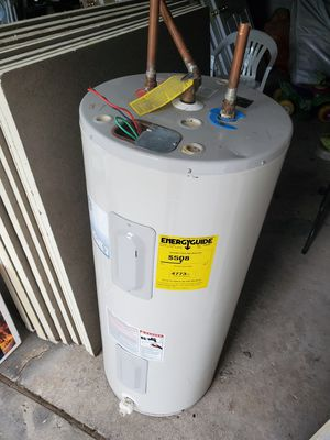 Electric water heater for Sale in Chicago, IL