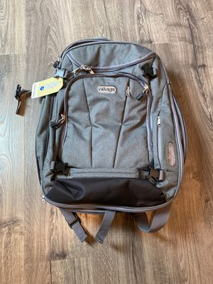 Travel Convertible carry on backpack for Sale in UPPER ARLNGTN, OH