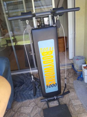 Workout bench for Sale in Gibsonton, FL
