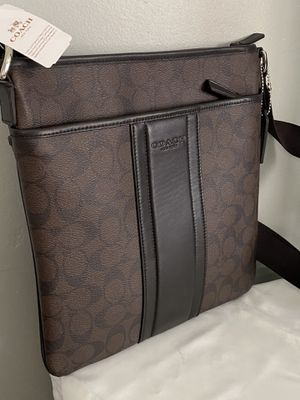 Coach men's large Messenger bag for Sale in Garden Grove, CA