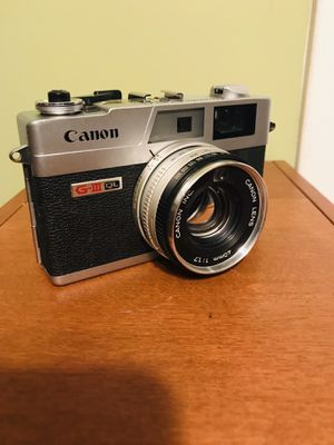Vintage Canon Canonet G-III QL17 35mm Camera w/ 40mm Lense for Sale in Pawtucket, RI