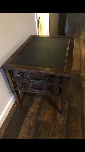End tables and coffee table for Sale in Spanaway, WA