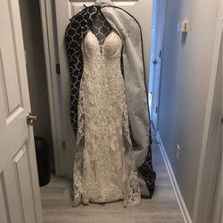 Wedding dress size 6 for Sale in Dacula,  GA