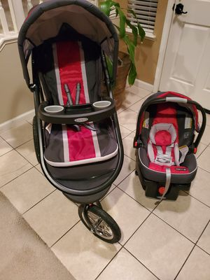 FastAction Fold Jogging Stroller and SnugRide 35 Infant Car Seat, Chili Red for Sale in Patterson, CA
