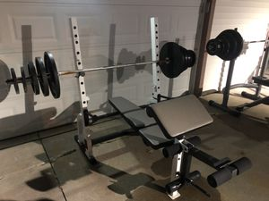 Olympic Bench with Weight Set (Free Delivery) for Sale in Roseville, MI
