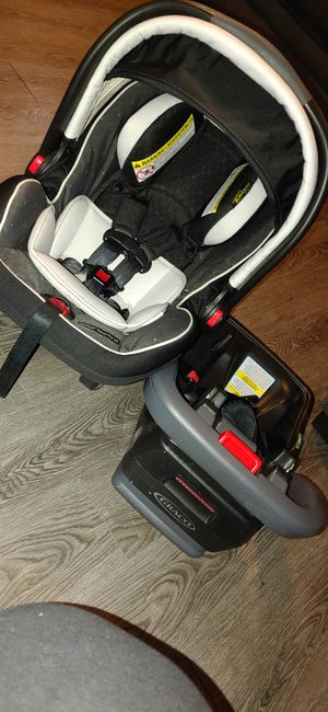 Graco car seat and base for Sale in Houston, TX