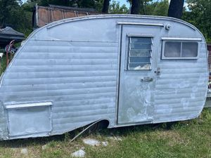 Vintage camper for Sale in New Milford, CT