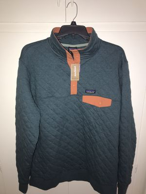 Brand New Very Nice Men's Patagonia Organic Cotton Pullover for Sale in Garden Grove, CA