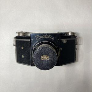 ihagee exakta model B film camera for Sale in Oswego, IL