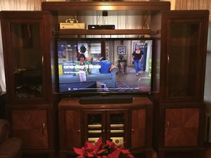 Mahogany entertainment center for Sale in New Haven, CT