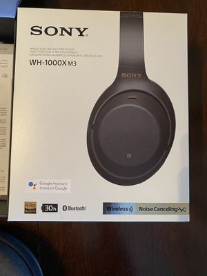 Sony WH1000XM3 Wireless Industry Leading Noise Canceling Over Ear Headphones, Black (WH-1000XM3 for Sale in St. Pete Beach, FL