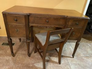 Desk with storage chair for Sale in Allentown, PA