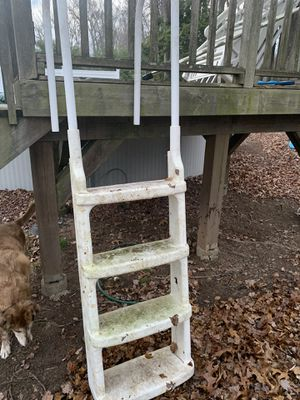 FREE Pool Ladder for Sale in Southington, CT