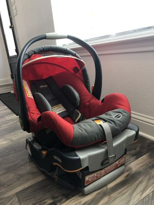Car seat and stroller Chico for Sale in Midland, TX