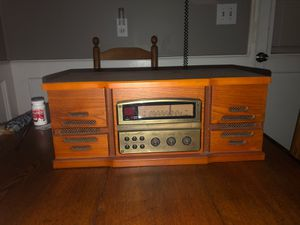 Vintage Radio AM /FM w/ CD player for Sale in Tampa, FL