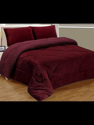Brand New Burgundy Warm Super Thick Soft Borrego Sherpa Quilted Blanket 3 Piece Set with Pillow Shams Queen Size for Sale in Los Angeles, CA