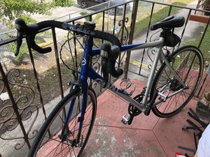 Giant Road Bike for Sale in West Miami, FL