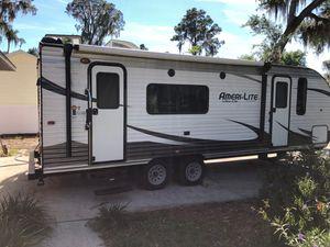 Camper for Sale in Leesburg, FL