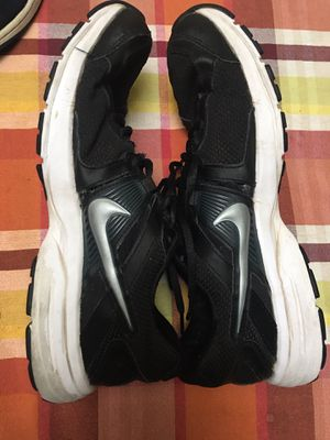 Men's Nike size 9.5 for Sale in Rancho Cucamonga, CA