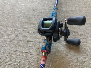 Shimano SLX 151 HG DC w/ Favorite Fishing Defender rod for Sale in St. Louis, MO