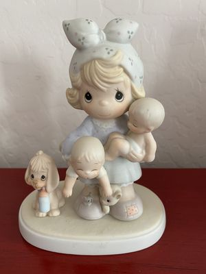 Precious Moments figurine for Sale in Chandler, AZ