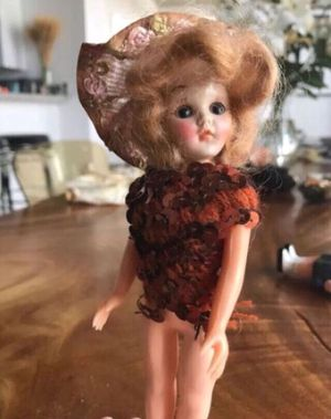 Vintage Victorian Girl Doll Collectible Antique Toy for Sale in Miami Gardens, FL