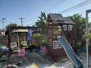 Play Swing set for Sale in Covina, CA