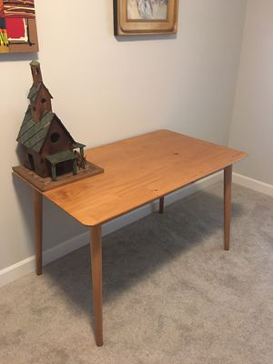 Mid-Century Modern Wood Dining Table for Sale in Vancouver, WA
