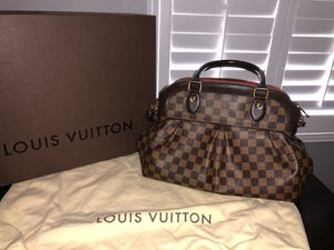 Louis Vuitton-Trevi PM Damier for Sale in Etiwanda, CA