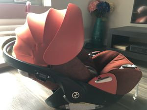 Cybex Cloud q Aton CAR SEAT for Sale in Gaithersburg, MD
