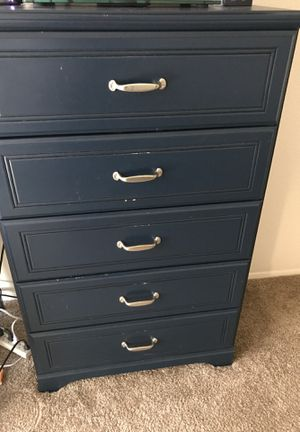 Ashley's twin bed and dresser for Sale in VANDENBRG Air Force Base, CA
