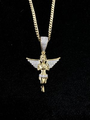 ANGEL FULL DIAMONDS CZ 18K GOLD CHAIN MADE IN ITALY for Sale in West Palm Beach, FL