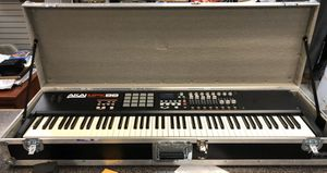 AKAI mpk88 midi controller for Sale in Escondido, CA