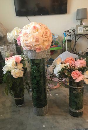 3 flower vases for Sale in Kissimmee, FL