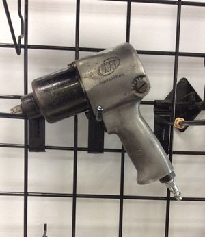 """Ingersoll Rand 1/2"""" Drive Air Impact Wrench for Sale in Tampa, FL"""