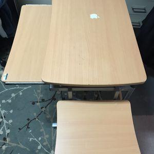 Computer desk $30 for Sale in Powder Springs, GA