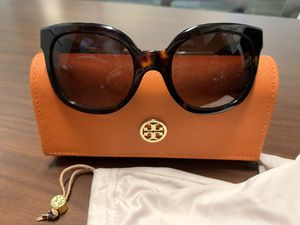 Tory Burch Sunglasses for Sale in Clackamas, OR