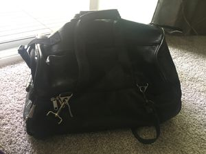 High Quality Leather Duffle bag with wheels for Sale in Seattle, WA