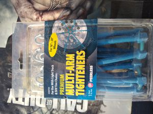 Snow chains multi arm tightners for Sale in Menifee, CA