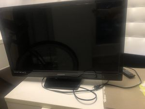32 INCH FLAT SCREEN TV LIKE NEW MAGNAVOX WITH REMOTES ONLY 50! for Sale in Boca Raton, FL