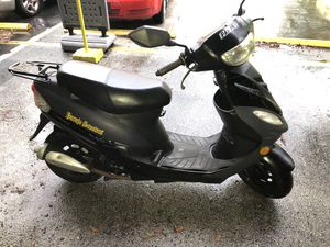 SCOOTER ICEBEAR 50cc - Year 2018 for Sale in Miami, FL