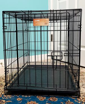 dog crate - 30 x 19 for Sale in Tampa, FL