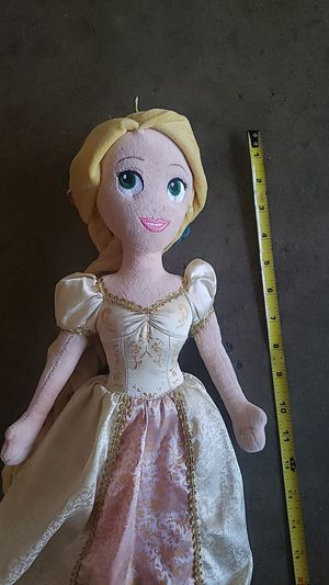 Limited edition Disney princess rapunzel wedding doll for Sale in Arcadia, CA